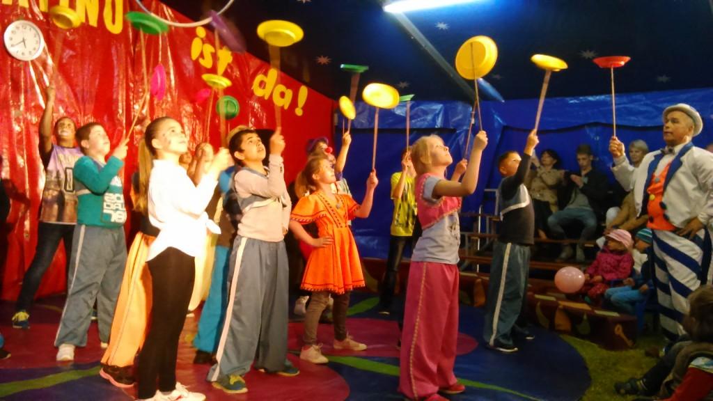 Zirkus in Leer, Jonglage